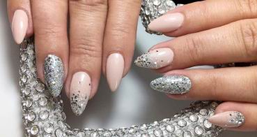 trendy_nails